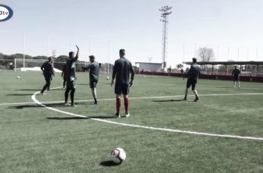 Jugadores en la sesión. Fotografía: Rayo Majadahonda S.A.D