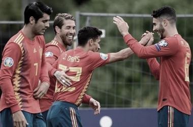 Los jugadores españoles celebran un gol ante las Islas Feroe / Foto: UEFA