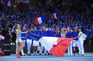 Fed Cup: EUA e Rep. Checa atropelam; Alemanha e França revertem placar e também avançam à semifinal