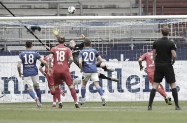 Menos del 20% de victorias locales en 3 jornadas de Bundesliga