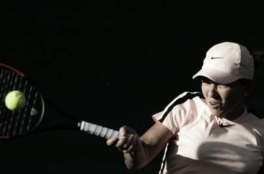 Halep cresce na partida, supera Wang e avança no Premier de Indian Wells