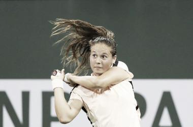 Kasatkina surpreende em Indian Wells e desbanca Wozniacki pela segunda vez no ano