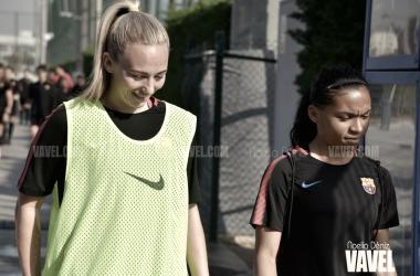 Duggan y Morroni yendo hacia el entrenamiento   Foto de Noelia Déniz, VAVEL