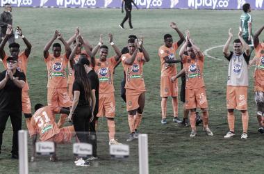 Envigado FC agradeciendo a sus hinchas&nbsp;<div>Foto por: David Jaramillo García</div>