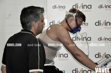 Arturs Zagars y el nuevo médico del Club // Fotografía: Jordi Valle (VAVEL.com)