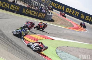 MotoGP - Il vento del Qatar vizia la FP3: Dovizioso ancora davanti