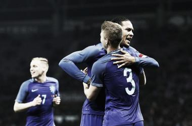 Van Dijk ringrazia De Ligt per l'assist per il suo gol dello 0-3 | TWITTER