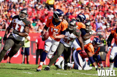 Images and photos of Denver Broncos 37-7 Tampa Bay Bucaneers in NFL 2016 Week 4