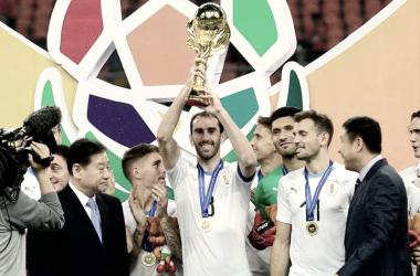 Godín, campeón de la China Cup con Uruguay