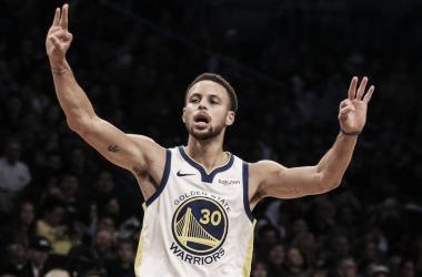 Curry y Doncic, presente contra futuro de la NBA