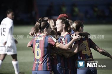 Jugadoras del Barça celebrando un gol| Noelia Déniz- VAVEL