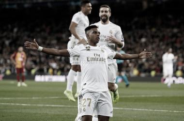 """Rodrygo: """"He realizado el sueño de salir coreado por el Bernabéu"""""""