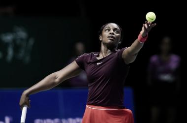 Stephens armando el servicio | Foto: WTA