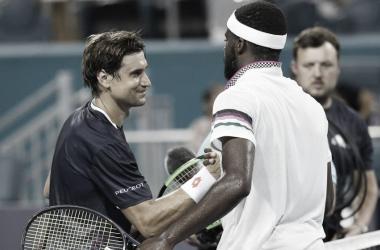 El saludo entre Ferrer y Tiafoe | Foto: ATP Masters 1000 de Miami