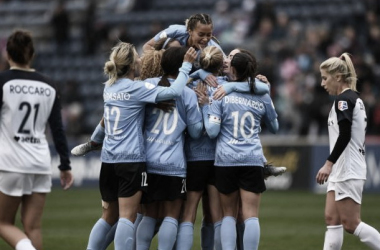 The Chicago Red Stars defeat the North Carolina Courage 3-1. Photo: www.twitter.com/ChiRedStarsPR
