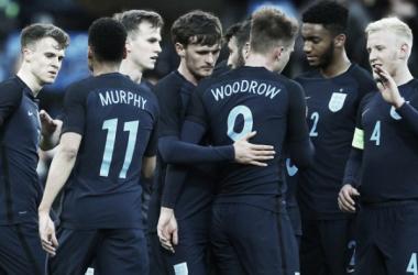 Los jugadores ingleses celebran el triunfo ante Dinamarca. Foto: The FA