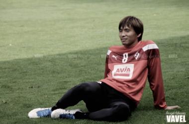 Takashi Inui durante un entrenamiento // Foto Ángel Ezkurra