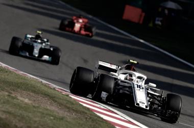 Leclerc defiende a su compañero Ericsson