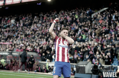 Saúl lleva el mismo dorsal que portaron Luis Aragonés y Raúl García. || FOTO: Daniel Nieto - VAVEL