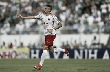 Santos anuncia a contratação do volante Jobson por 5 anos