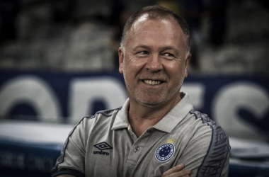 """Mano aprova atuação do Cruzeiro sobre o Patrocinense e frisa:""""A cobrança que nos faz crescer"""""""