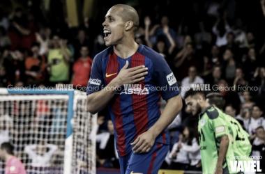 Ferrao también renueva con el Barcelona