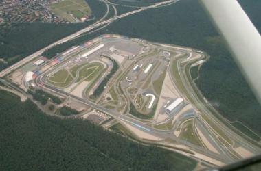 Vista aérea do traçado de Hockenheim. (foto in panoramio.com)