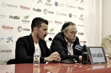 Rubén de la Barrera anuncia ante los medios de comunicación su marcha de la Cultural Leonesa / Imagen: Cultural Leonesa