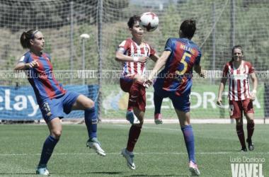 Enfrentamiento entre el FC Barcelona y el Atlético de Madrid la temporada pasada | Foto: Lucía Damiano, VAVEL