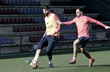 Vuelven Aleix Vidal, Gerard Piqué y Jordi Alba para recibir al Málaga