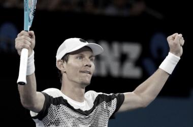 Brazo en alto para Tomas Berdych luego de derrotar en cuatro sets a Diego Schwartzman. Foto: Clarin.