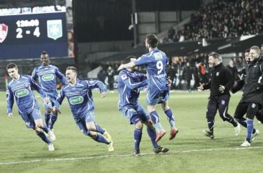 Auxerre bate Brest nos pênaltis e se classifica na Coupe de France