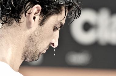 Bellucci desperdiça chances, leva virada de Fognini e está eliminado do Rio Open