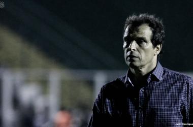 """Técnico Milton Cruz avalia derrota como lição: """"Vamos vir mais fortes para a final"""""""