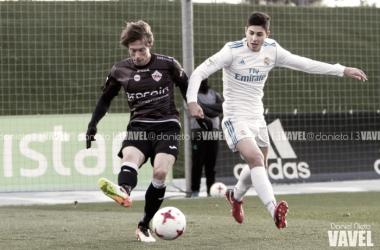 El Castilla se aleja del play-off