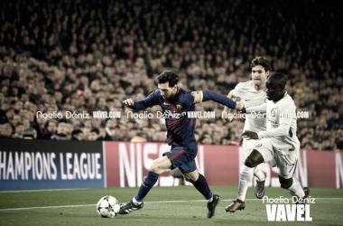 Leo Messi en una acción durante el partido frente al Chelsea. Foto: Noelia Déniz, VAVEL.com