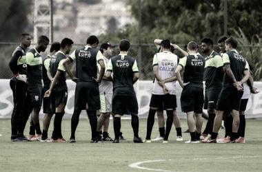 Tranquilo e já classificado, América enfrenta Villa Nova, time em busca de vaga nas quartas do Mineiro