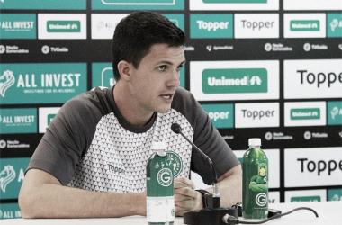Após fracasso no Estadual, Maurício Barbieri não é mais treinador do Goiás