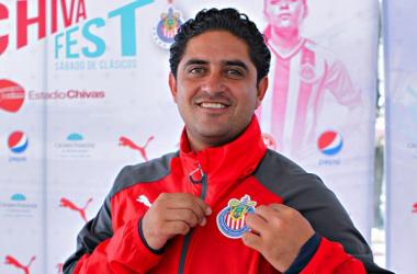 Camacho no ha perdido como local este torneo   Foto: Imágenes de Chivas