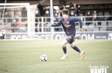 Riqui Puig en su debut con el Barça B | Foto de Noelia Déniz, VAVEL