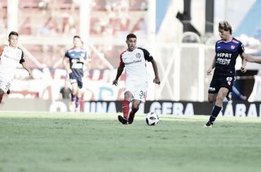 Com pressão do mandante, San Lorenzo empata com Unión Santa Fé e permanece na terceira posição