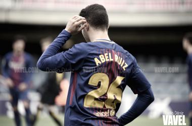 Abel Ruiz con la elástica del FC Barcelona | Foto: Noelia Déniz (VAVEL)
