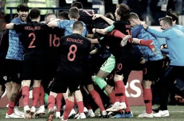 En la fotografía, la Selección de Croacia celebrando su victoria ante Dinamarca // Fuente: Selección croata.