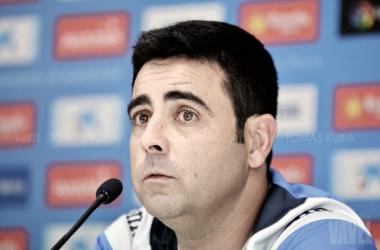 El entrenador del Espanyol, David Gallego, en una rueda de prensa en la Ciudad Deportiva Dani Jarque. Foto: Vavel (Tomás Rubia)