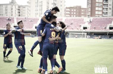 Celebración de uno de los goles del filial azulgrana | Foto de Noelia Déniz, VAVEL