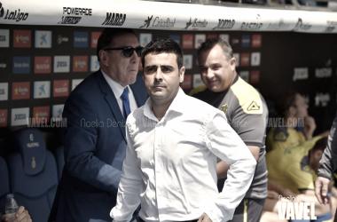 David Gallego en su estreno al frente del primer equipo en Cornellà - El Prat. Foto: Vavel (Noelia Déniz)