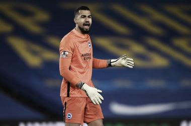 Surpresa na convocação da seleção espanhola, goleiro Robert Sánchez se inspira em Casillas
