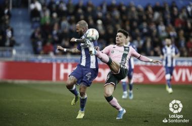 Previa Deportivo Alavés - Real Betis: empezar con la asignatura pendiente, lejos de casa