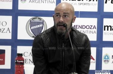 Méndez pidió además que se deje de comparar este equipo con el del torneo anterior. Foto: Santiago Tagua para VAVEL.