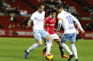 Pugna en el partido de ayer / Foto: Gimnastic de Tarragona